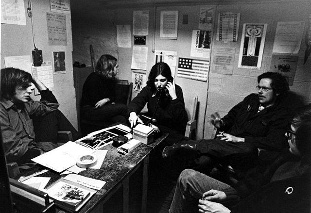 Amerikaanse deserteurs ten tijde van de oorlog in Vietnam krijgen raad in Toronto in 1967.