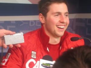 Skiër Alexandre Bilodeau won de eerste gouden medaille voor Canada -- en verwierf op slag beroemdheid voor het leven.