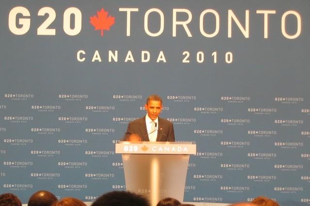 President Obama houdt een persconferentie aan het einde van de G20-top in Toronto.