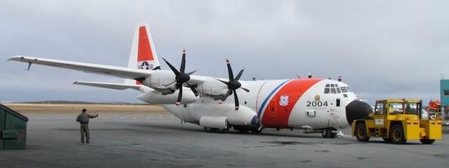 Herculesvliegtuig van de Amerikaanse kustwacht, waarmee de Internationale IJsbergpatrouille vliegt vanuit St. John's.