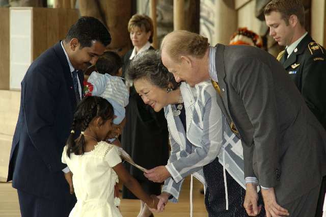 Adrienne Clarkson (centre), Canada's Governor-General