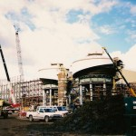 De teerzandoperatie van Shell, Albian Sands, in aanbouw.