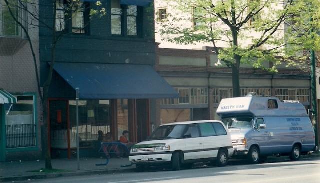 Bestelwagen van de naaldenruil in de Downtown Eastside van Vancouver.