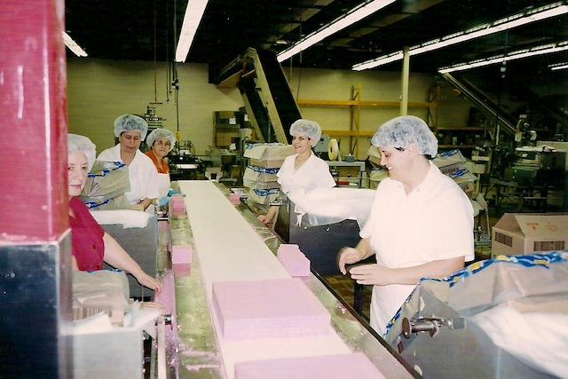 Productie van koekjes bij Voortman in Burlington, Ontario.