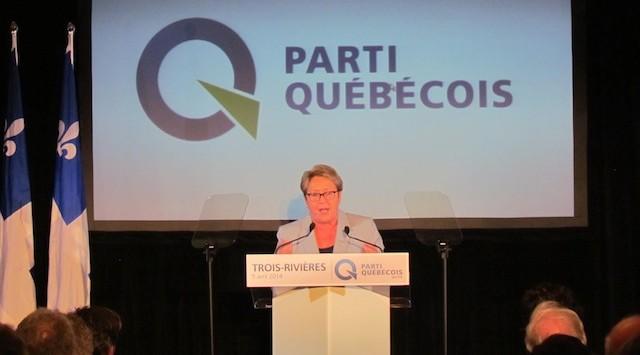 Premier Pauline Marois van Quebec spreekt aanhangers van haar partij, de Parti Québécois, toe tijdens een campagnebijeenkomst in Trois-Rivieres.