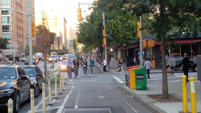 Cycle track in Manhattan.