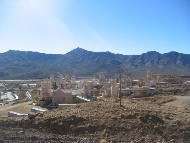 De faciliteiten van Molycorp Minerals bij de mijn in Mountain Pass.