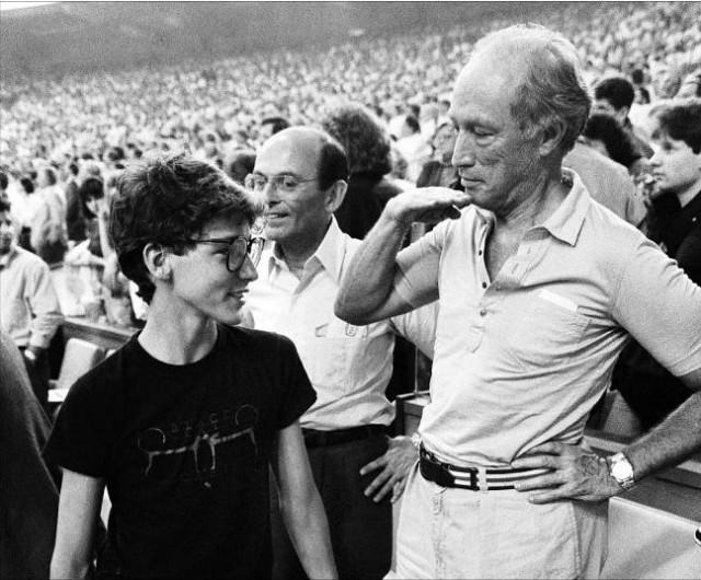 Justin Trudeau met zijn vader, oud-premier Pierre Elliott Trudeau, in 1987