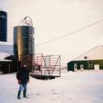 De Nederlandse melkveehouder Dirk Sterkenburgh op zijn bedrijf in Ontario.