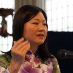 Kim Phuc tijdens een lezing in Arnhem in september 2014 (foto Peter de Ruiter).